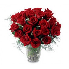 15 Red Rose in Vase