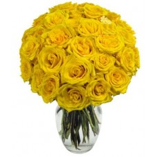 Bouquet of One Dozen Yellow Roses